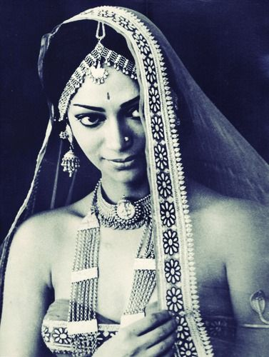 rendezvous-with-simi-garewal........http://whencutgoddamn.blogspot.com/2013/01/rendezvous-with-simi-garewal.html