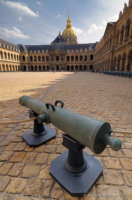 Hotel des Invalides-Musee de l'Armee--Paris, France---2010