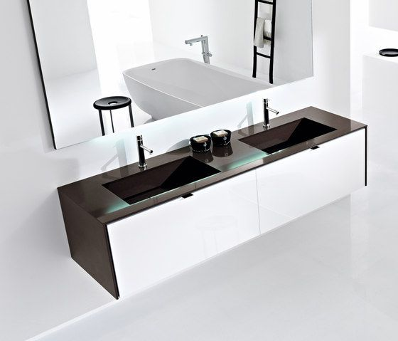 Vanity units | Bathroom furniture | Pivot | Minimal | Milldue. Check it out on Architonic  http://www.milldue.com/en/collections/