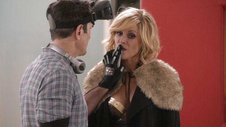 Modern Family: Phil's Sexy, Sexy House Recap - Season 7 Episode 07.  HiLARious!!