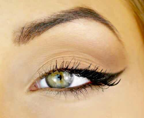 beautiful, black eyeliner, colored eyes, cute, eyebrows, eyeliner, fasion, girls, girly, gorgeous, heart it, lazy eye, love it, lovely, makeup, mascara, pretty, stylish, we heart it, winged eyeliner, on point, eyebrows on fleek, curled lashes