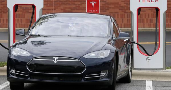 Tesla Unplugs Lyft And Uber Drivers From Its Superchargers Dengan Gambar