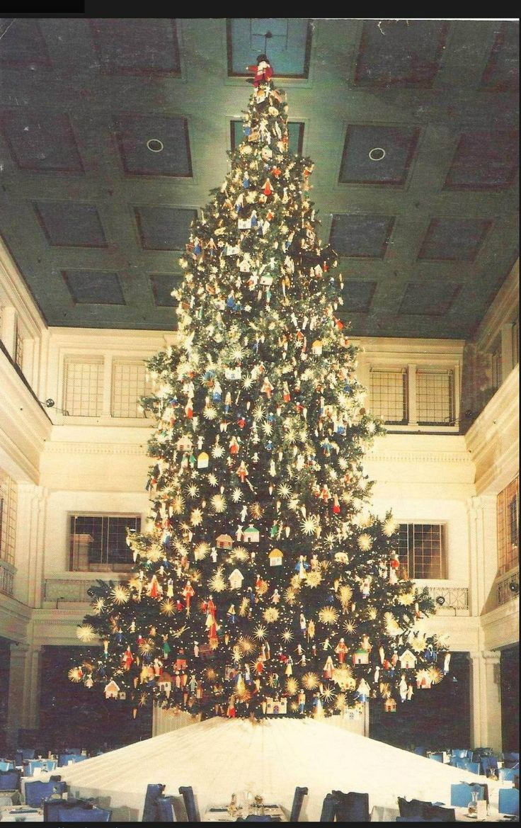 Walnut Room Marshall Field Department Christmas