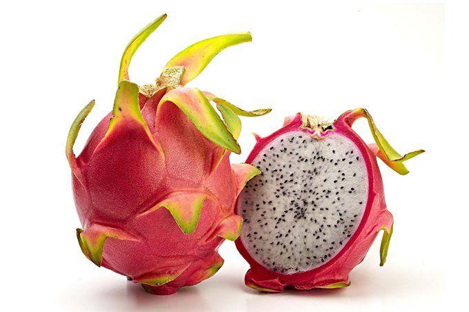 Também conhecida como fruta-dragão por causa da sua aparência, ela está ganhando popularidade no Brasil. E há vários motivos para consumi-la