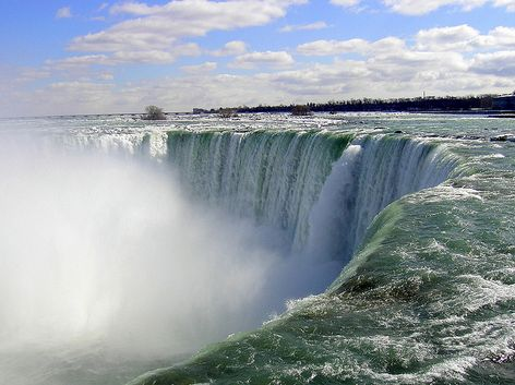 I'm excited to take one or two of my kids to Niagara Falls in September. I've never been before and since I'm planning to attend the TMS Family Travel Conference in Niagara Falls, it seemed like the perfect opportunity to explore the region, including many attractions beyond the waterfalls. Take a look at five can't-miss activities in Niagara Falls: Niagara…