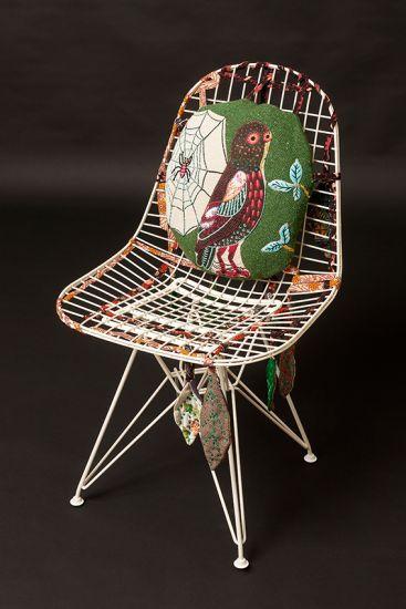 nathalie l t la toile dans l 39 arbre asseyons nous autour d 39 une chaise pinterest dining. Black Bedroom Furniture Sets. Home Design Ideas