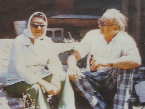 Al Purdy and Margaret Laurence    Al Purdy and Margaret Laurence were close friends, discussing their writing in letters which were published as A FRIENDSHIP IN LETTERS.