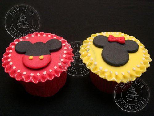 Mickey and Minnie cupcakes ~ too cute!: Mickey Minnie, Cupcakes Muffins, Cupcakesminicak Diferit, Cupcakes Minicak, Minnie Mouse, Minnie Cupcakes, Cupcakes Cookies, Minnie Parties, Cupcakes Cakes