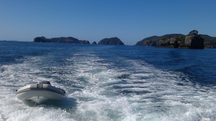 MATAKANA AREA TO DO - Broken Islands, Great Barrier, New Zealand.  Magnificent place to holiday.