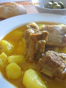 #LaReceta · Guiso de costillas con patatas   #Gastronomía por nuestros amigos de @Olor Andaluz