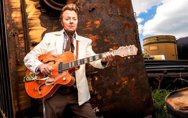 ブライアン・セッツァーが「お気に入りのギター・ソロ 5選」を発表