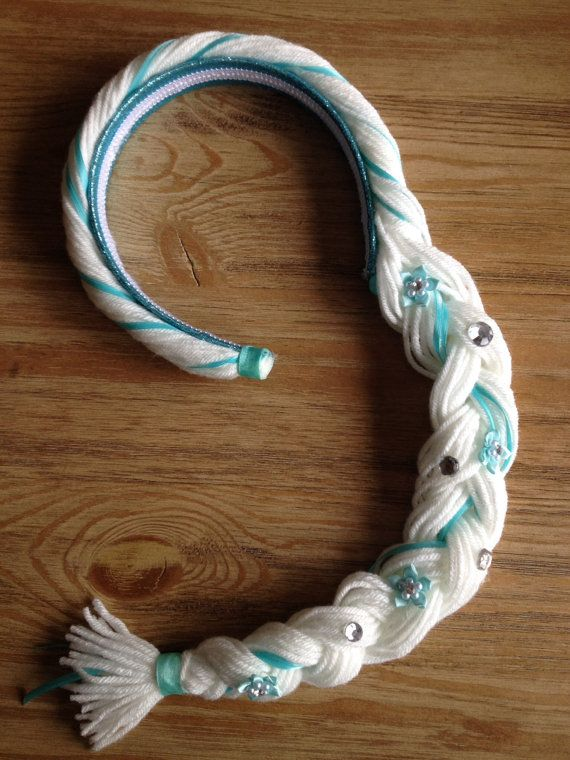 This listing is for 1 headband braid that would go great with an Elsa dress. Headband fits most kids ages 1-10. Made on a sturdy headband with yarn