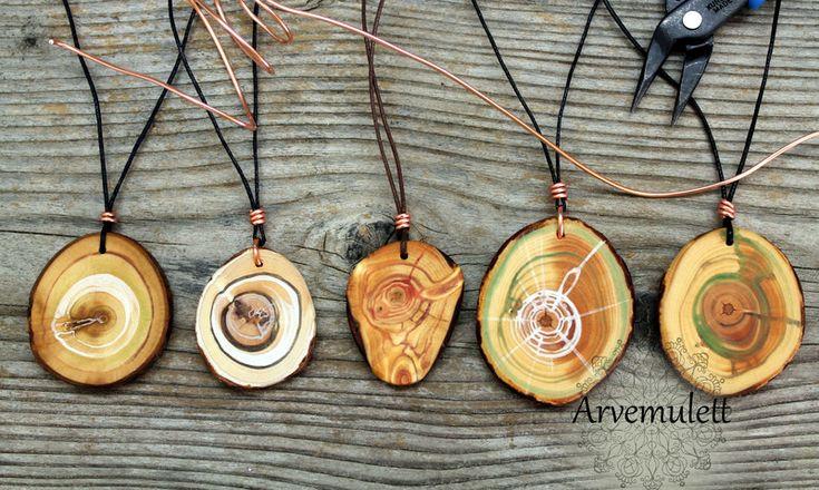 Holzanhänger - Arvemulett- Amulett mit Kupferspirale - ein Designerstück von TirolZirbe bei DaWanda