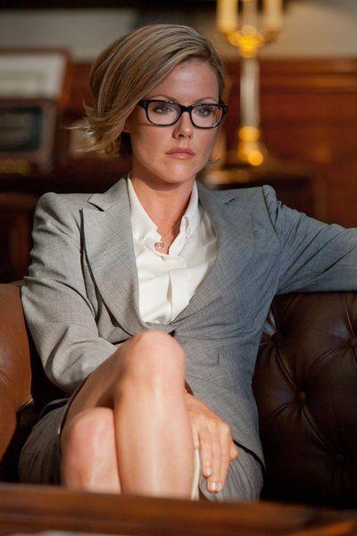 Boss, Kathleen Robertson