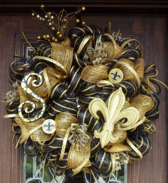 Deco Mesh NEW ORLEANS SAINTS Wreath by decoglitz on Etsy