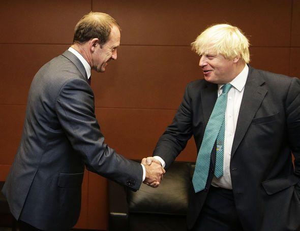 Boris Johnson DENIES leadership bid vowing to end the 'political kerfuffle' since election - http://buzznews.co.uk/boris-johnson-denies-leadership-bid-vowing-to-end-the-political-kerfuffle-since-election -