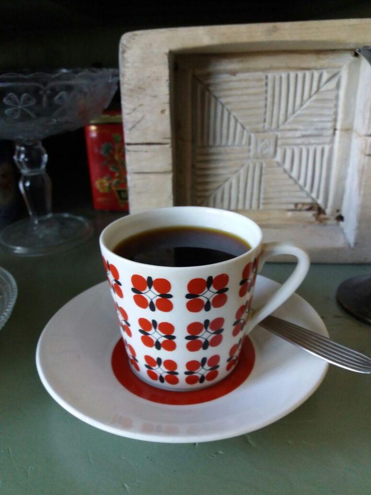 Arabia coffeecup model Eveliina 1960s