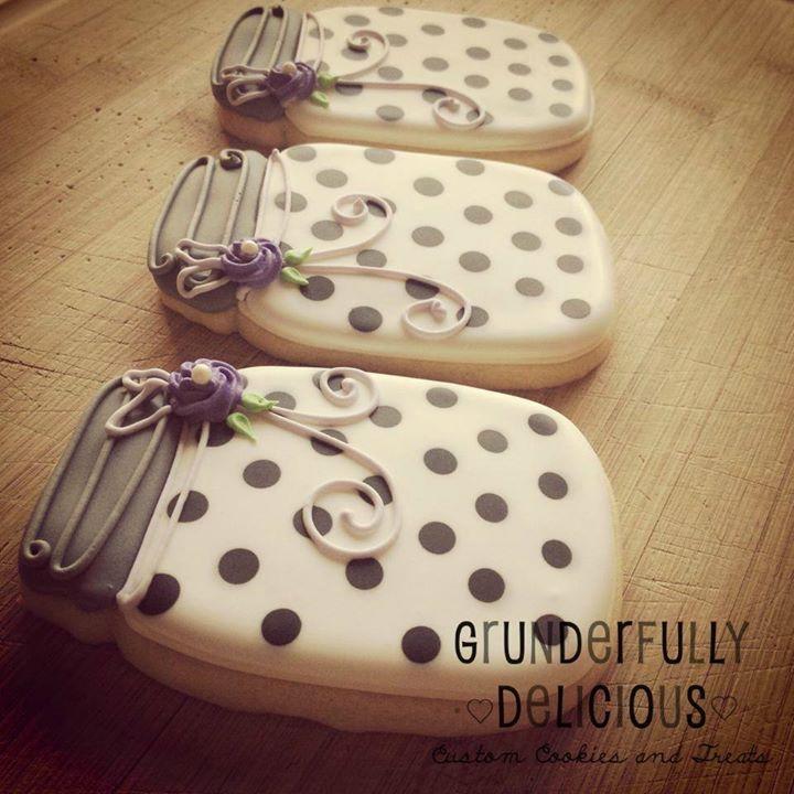 Grunderfully Delicious - polka dot mason jar cookies