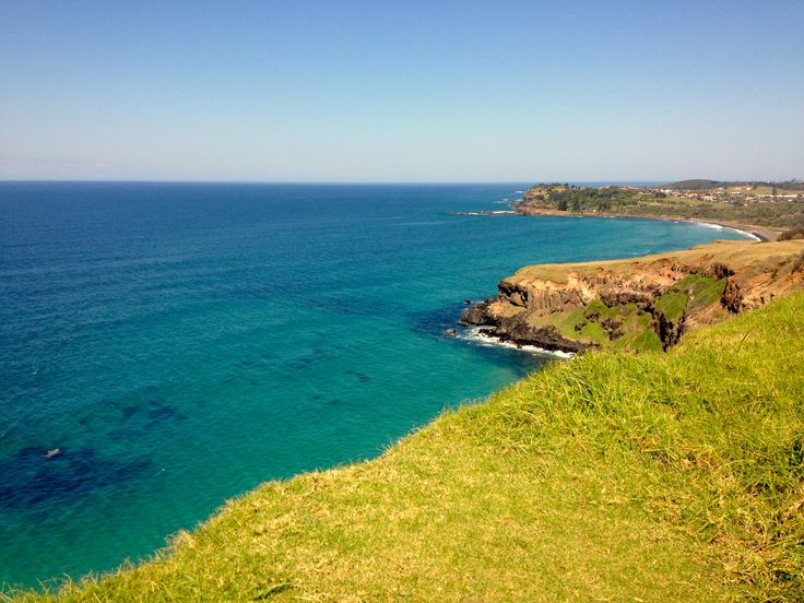 Finding blissed out surf towns like Lennox Head is one of the reasons we travel. Lennox Head is full of locals, young families, surfers, skaters and lovers