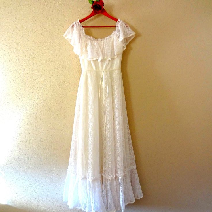 Hippie Wedding Dresses | Vintage Lace Flower Child Hippie Wedding Dress.