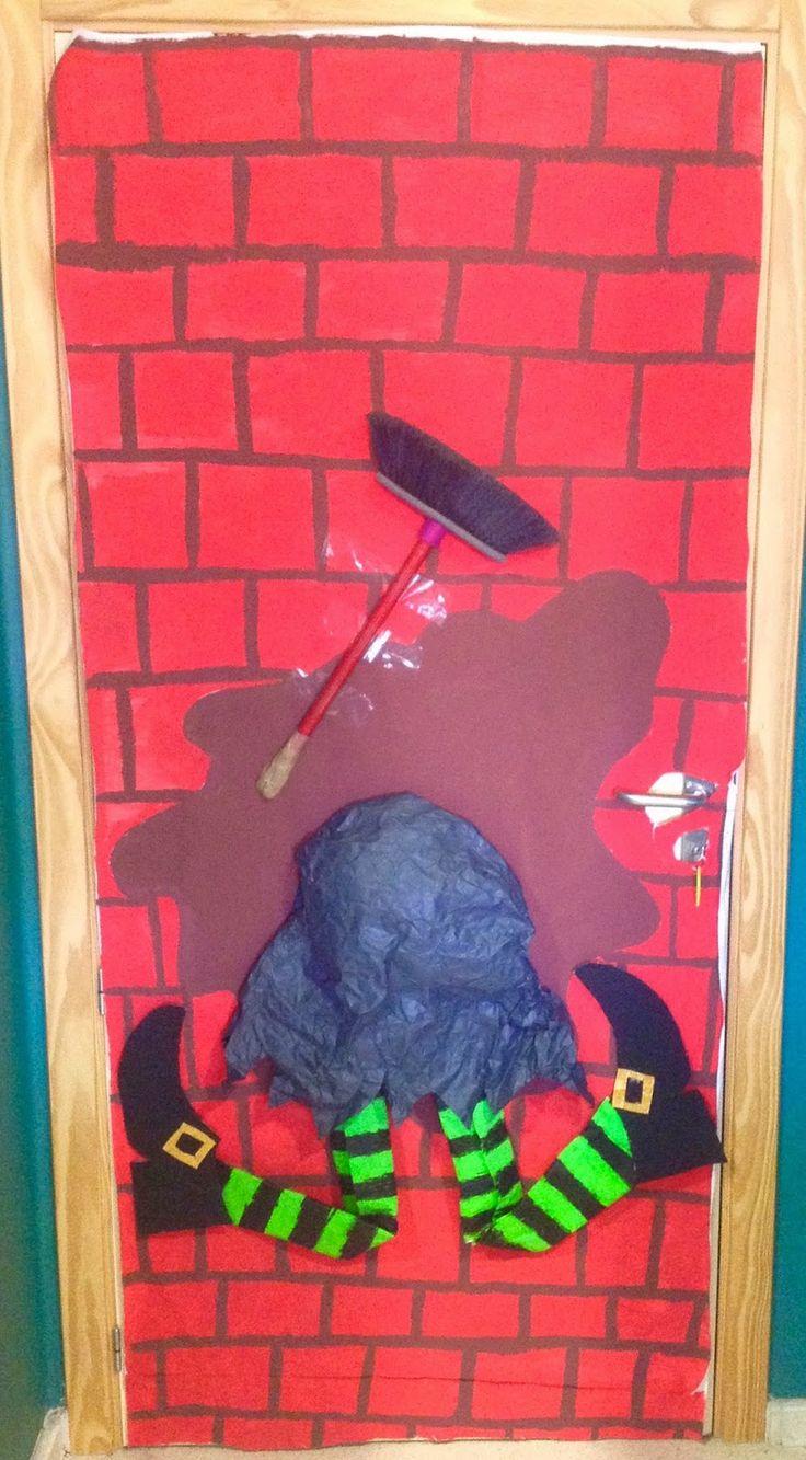 Puertas de clases decoradas de Halloween // Halloween classroom doors decorated