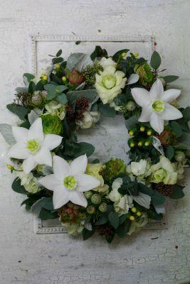 一会定期レッスン12月 生花:ユーチャリスの部 : 一会 ウエディングの花