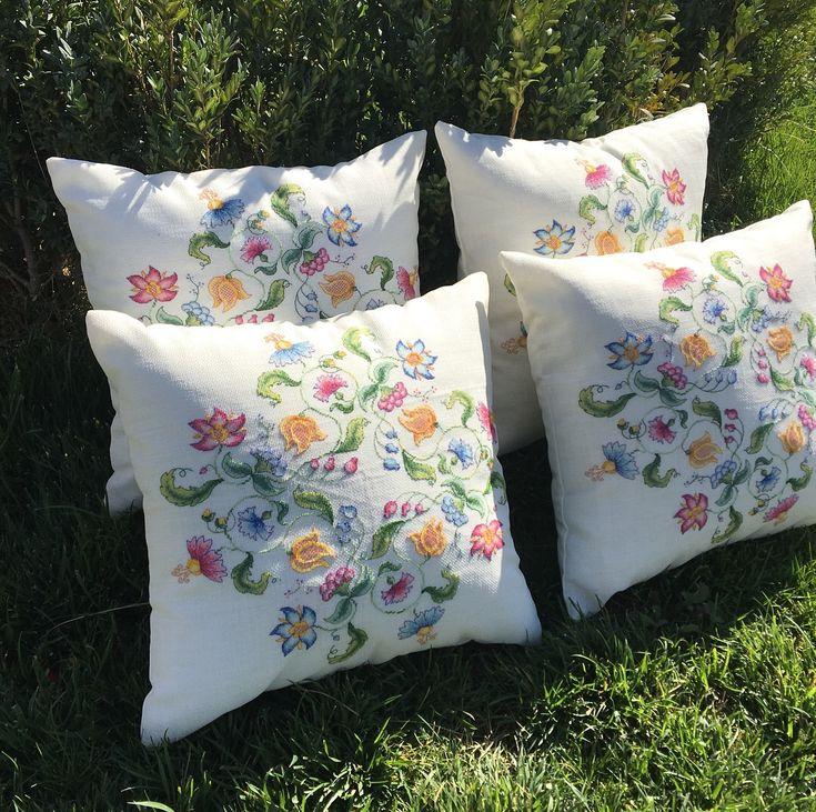 Etamin yastıklar kış bahçesi için :)