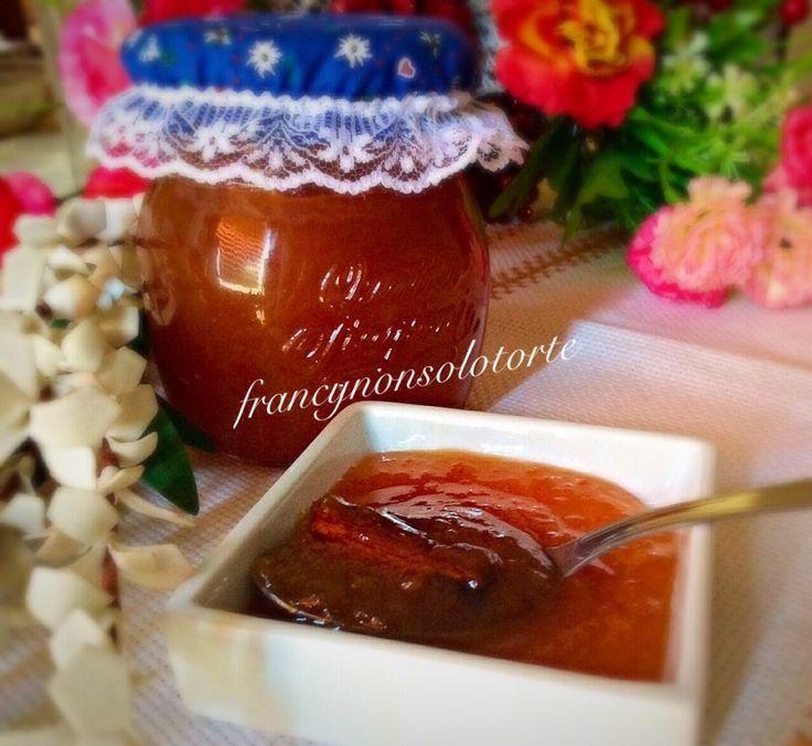 Confettura di pesche con cannella