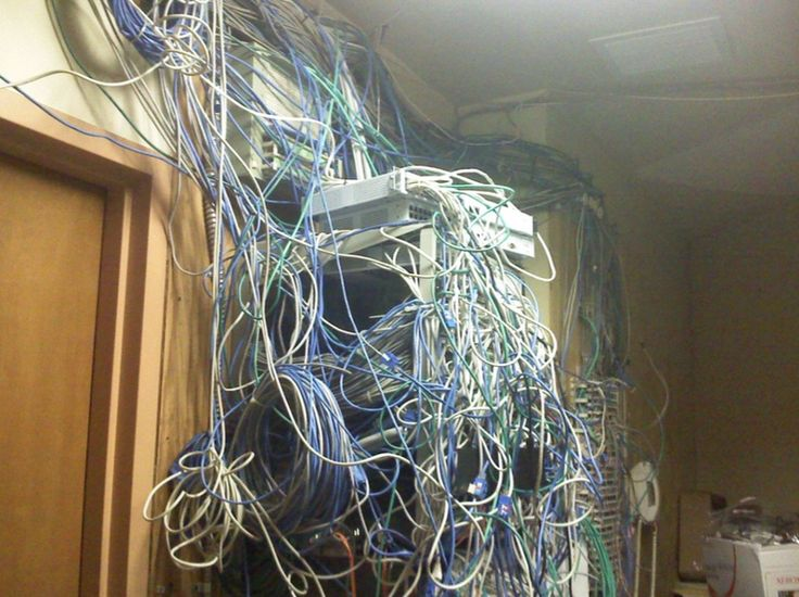 Http Www Techrepublic Com Pictures Real World Server Room Nightmares