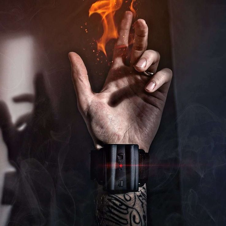 PYRO Mini Fireshooter – It's Time to Shoot Fireballs from Your Wrist