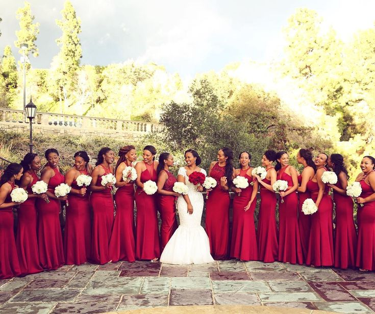 Wedding Day Saturday ❤️ we are loving this amazing sneak peek of Habeshabride @_thedopestethiopian1908 with her bridesmaids! These gowns were perfection for each and everyone of her girls ❤️ stay tuned to see more of this fantastic wedding! photo courtesy of @_thedopestethiopian1908 by @jayjaystudios #habesha#wedding #moments #bride #bridesmaids #poses #portraits #ideas #habeshabride #habeshabrides #habeshawedding