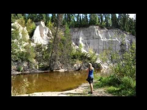 The hike into the Nipekamew Sand Cliffs is half the fun! Who knew we had sand cliffs in Saskatchewan, just gorgeous.