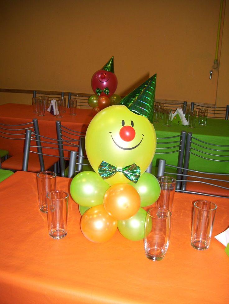 Centro de mesa payaso cumple de pieri pinterest mesas Ornamentacion con globos