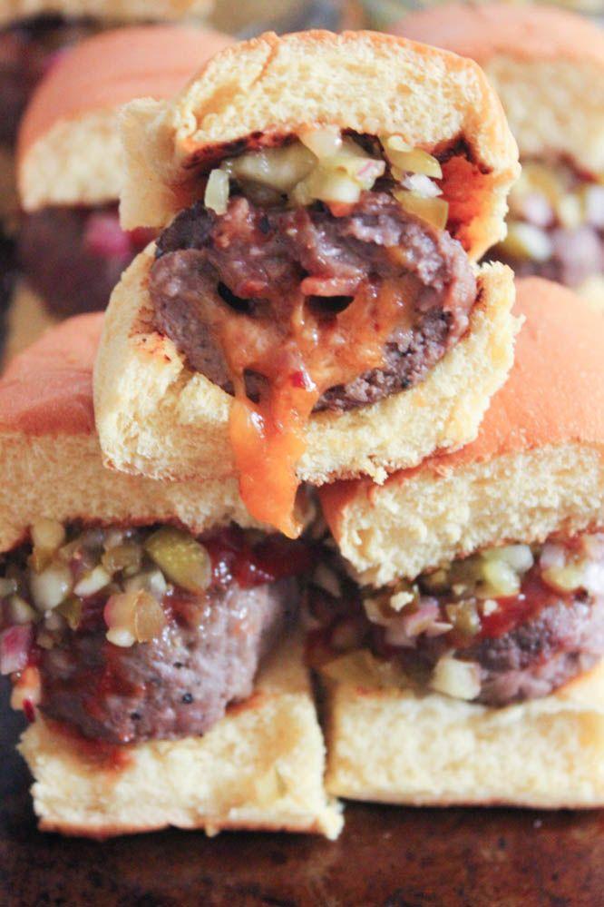 Bacon and Smoked Cheddar Stuffed Cheeseburger Sliders with Jalapeño Relish