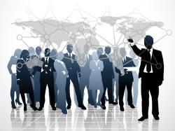 El mercadeo estratégico es la aplicación de todos los recursos que se tengan a la mano y darles el uso adecuado en el lugar preciso y el momento preciso, sin dejar de lado las reglas y parámetros que se deben tener en cuenta en el medio, entorno, segmento al cual te dirijas o pienses hacerlo