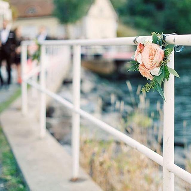 "126 gilla-markeringar, 1 kommentarer - sinne • smak • stil (@djursholmsblommor) på Instagram: ""Septemberbröllop  Foto: @erika_gerdemark_photography…"""