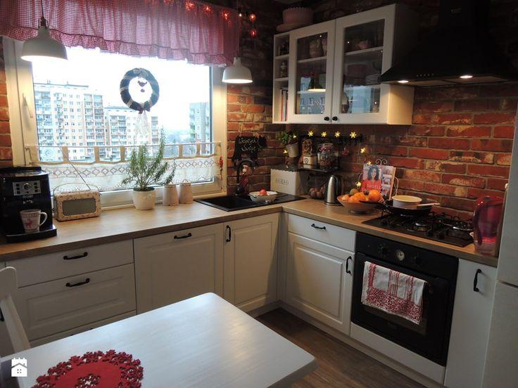 Metamorfoza kuchni i przedpokoju - Średnia zamknięta kuchnia w kształcie litery…