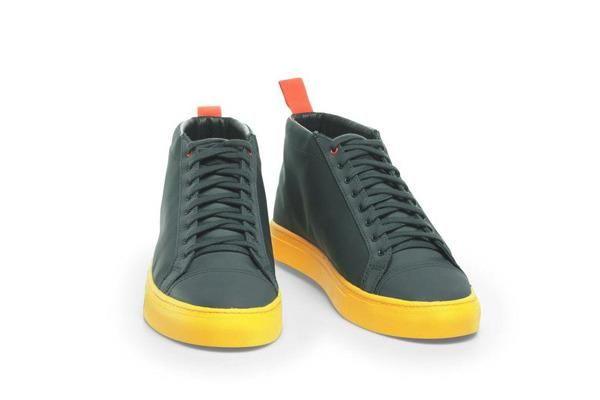 Спортивня непромокаемая обувь