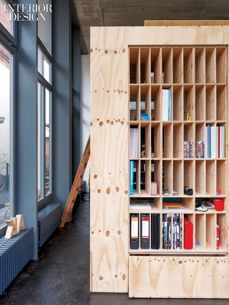 Contain Yourself: Anja Thede's Crate Studio