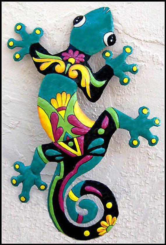Gecko Metal Art Wall Hanging, Outdoor Decor, 24″. Painted Metal Gecko, Garden Art, Tropical Decor, Outdoor Metal Wall Art, M402-TQ-24