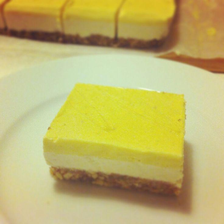 Mango-lime raw cake
