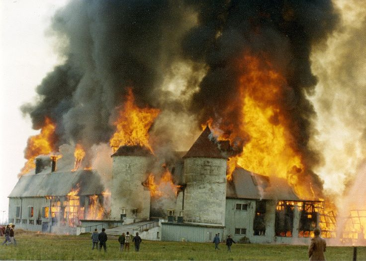 psychiatric hospital images | ... Image View: Whitby Psychiatric Hospital Barn Fire, 1976: Whitby Images