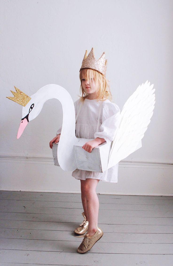 Mer Mag | DIY Swan Costume - Mer Mag