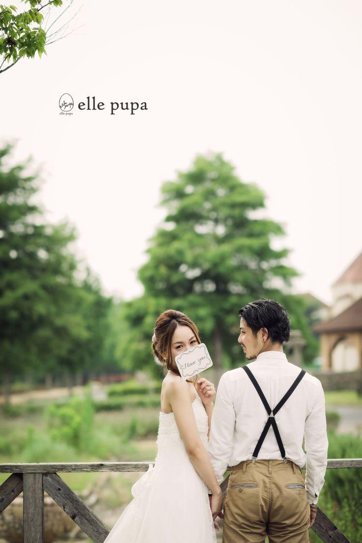 花嫁さんがとっても可愛い♡《前撮り》や《フォトウェディング》で人気の「振り返りポーズ」15選*。 | ZQN♡