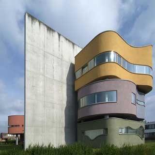 John Hejduk: the Wall House