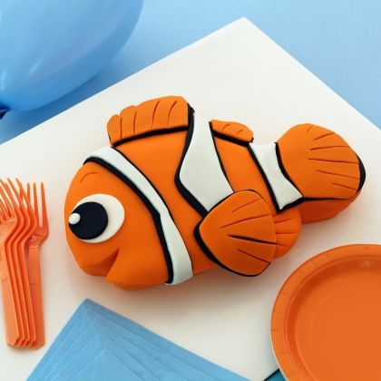 Finding Nemo cake recipe | Here's a real find for Nemo fans — a cake that's just as fun and colorful as the little lost clownfish. | [ http://family.disney.com/recipe/finding-nemo-cake ]