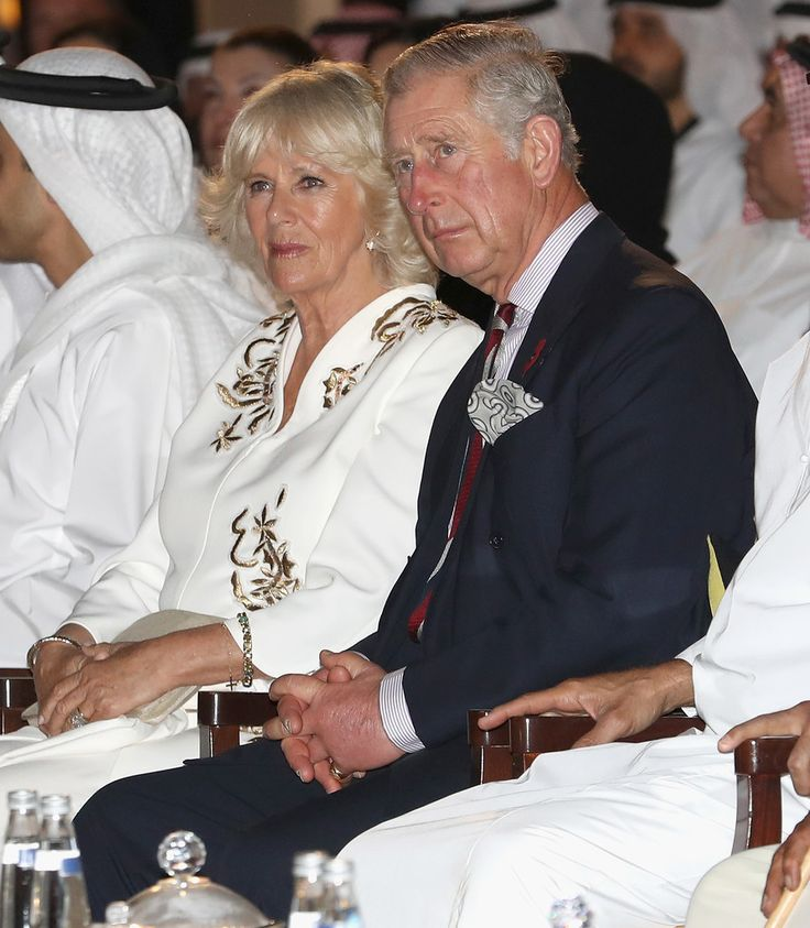 Camilla Parker Bowles Photos Photos - Camilla, Duchess of Cornwall and Prince Charles, Prince of Wales attend a UK/UAE Year of Creative Collaboration Launch at Al Jahili Fort with Sheikh Mohammed Bin Zayed Al Nahyan on the second day of a Royal tour of the United Arab Emirates on November 7, 2016 in Al Ain, United Arab Emirates. Prince Charles, Prince of Wales and Camilla, Duchess of Cornwall are on a Royal tour of the Middle East starting with Oman, then the UAE and finally Bahrain. - The…