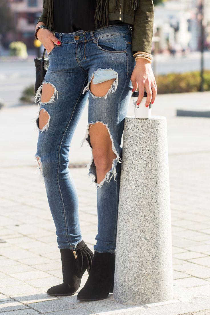 jeansy z dziurami boyfriend jeans