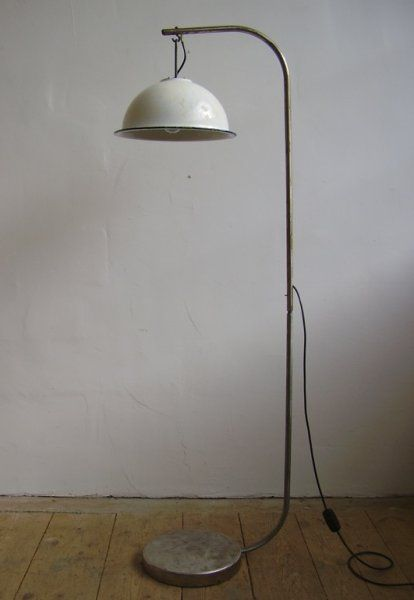 industrial floor lamps vintage floor lamps industrial lighting metal. Black Bedroom Furniture Sets. Home Design Ideas