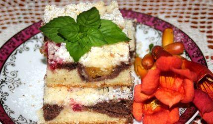 Cuketový koláč s ovocím
